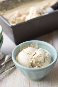 Vegan-Cashew-Ice-Cream-2